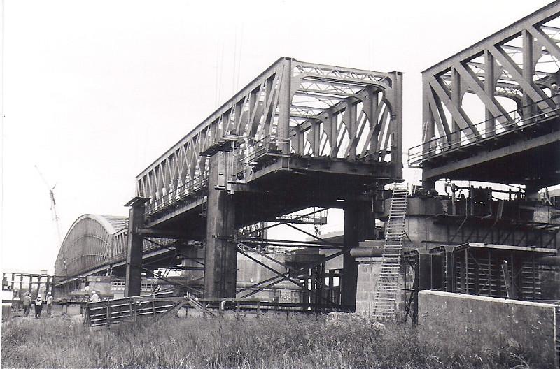 Station Op Wielen Houten.Infrastructuur 8